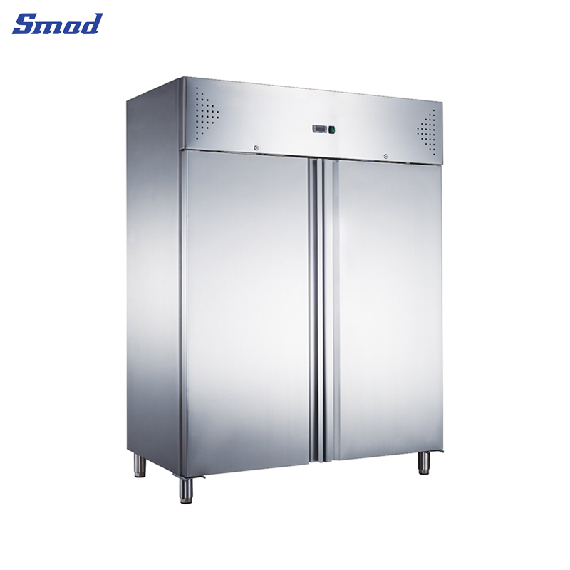 Smad refrigerator  for commercial use has stainless steel  outward appearance.