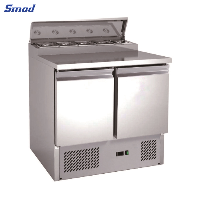 Smad  refrigerator for commercial use that has large cabinet and 2 Doors  .